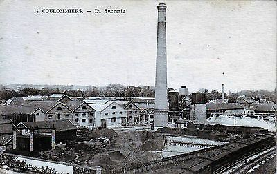 77 - Coulommiers  --  La Sucrerie  Tres Animee
