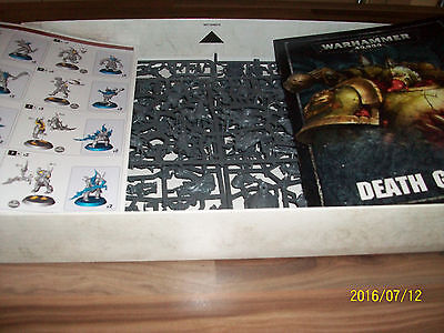 Warhammer 40K Dark Imperium Death Guard Army With 31  Models With Bases