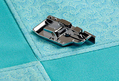 1/4 PIECING FOOT GUIDE FOR DOMESTIC SEWING MACHINES  a/137