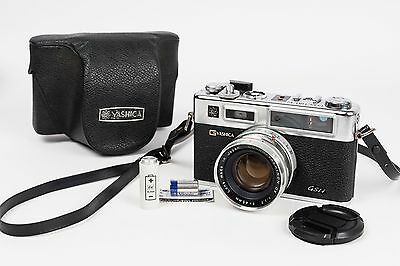 Yashica Electro 35 GSN + Yashinon DX 45MM 1:1,7 - new seal and Battery adapter
