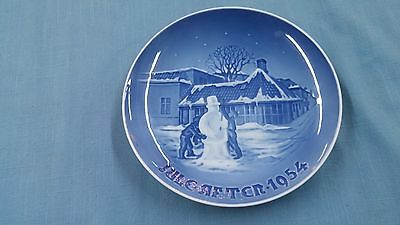 * Vintage B & G Bing & Grondahl Christmas Collector Plate Jule After 1954 *