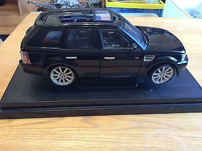 Range Rover Sport Supercharged Model Car 1:18 Scale Diecast Luxury
