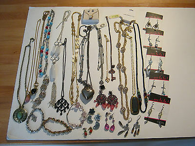 Fashion jewelry, 30 piece lot, necklaces, bracelets, earrings, some new