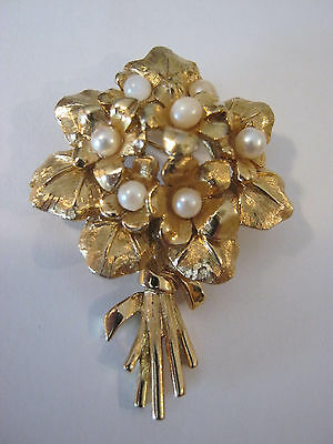 "Vintage Boucher signed flower brooch, ""Violets"" #8363P, 1960's, gold tone"