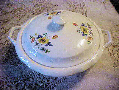 KT & K ROUND CASSEROLE  POPPIES FLOWERS Knowles Taylor & Knowles