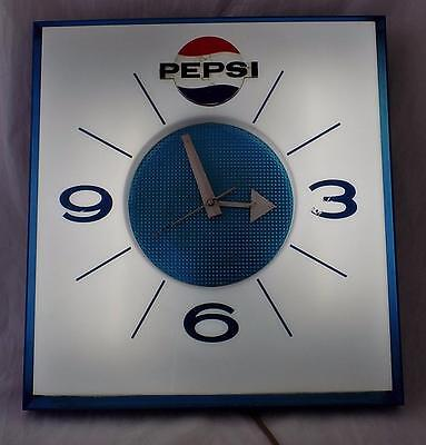 VINTAGE Rare Price Brothers Chicago Pepsi Electric Clock 1970's 80's Lights Up