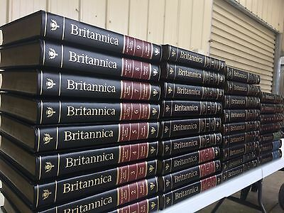 Encyclopaedia Britannica 93-94 15th edition complete set Collection