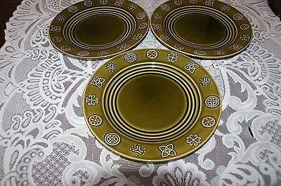 5 Lord Nelson pottery dinner plates, celtic pagan design, dark green