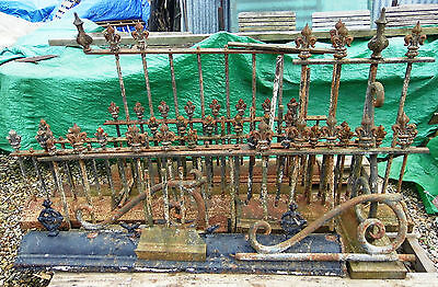 Victorian Iron & Cast Iron Garden Railings