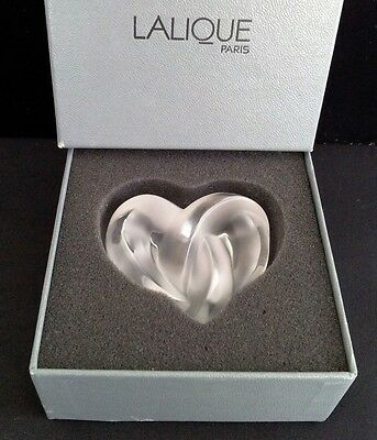 Lalique Knotted Heart Paper Weight Boxed