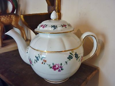 Antique 18th c 1775 Chelsea Derby English porcelain teapot