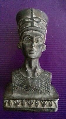 Ancient egyptian nefertiti c 1370_ 1330 bc