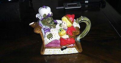 Little Red Riding Hood w/ Grandmother Wolf in Bed Fairy Tale Ceramic Teapot 2000