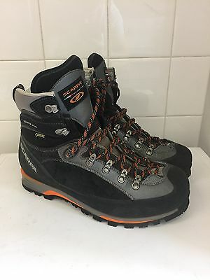 Scarpa Manta Pro Mens UK10.5 - Excellent condition, only worn once!