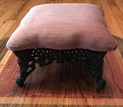 Vintage Victorian Ornate Rose Pattern Cast Iron Foot Stool Parlor Ottoman