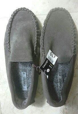mens slippers size 11