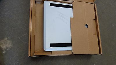 PLANET 5GHz 23dBi Flat Panel Directional Antenna / ANT-FP23A / }