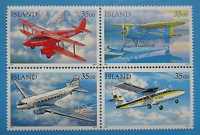 ICELAND 1997 Airplanes MNH Block