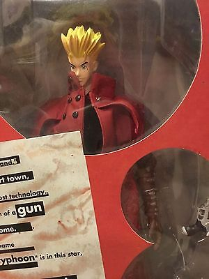 "Toycom TRIGUN VASH THE STAMPEDE COLLECTOR'S  Figure Red 12"" Japanese import"