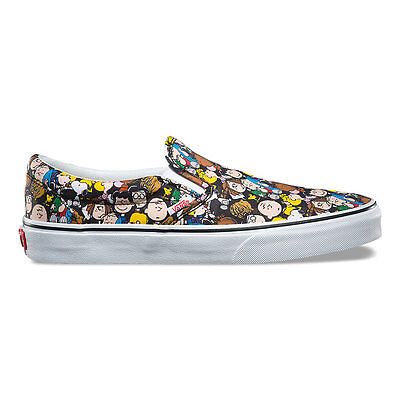 Vans x Peanuts - Classic Slip on  | Unisex Shoes | The Gang / Black