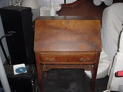 Antique  quarter sawn oak federal desk
