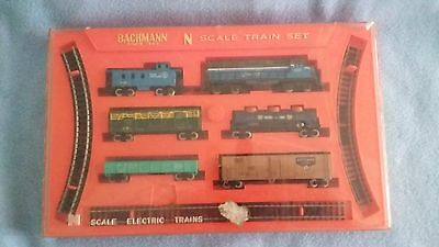 BACHMAN N Scale Train Set. Without Power Pack. Boxed