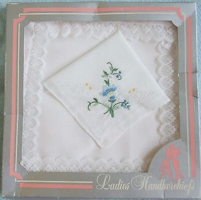 Vintage 1970s Set of 2 White Lace & Floral Design Ladies HANDKERCHIEFS