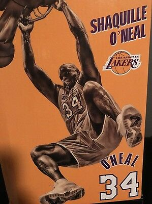 Shaq Statue Shaquille O'Neal Slam Dunk Statue Giveaway 3/24/2017 StapleS Center