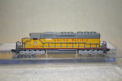 Kato - UP Union Pacific SD40 Diesel Locomotive 3054 - N Scale