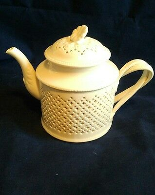Hartley Green and co Leeds Classical Creamware Teapot
