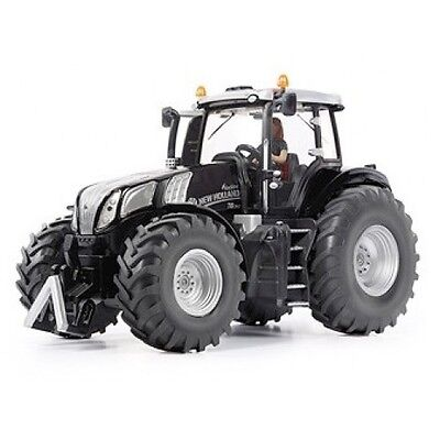Siku new holland tractor 1:32 scale black line limited edition ,tractor T8.390