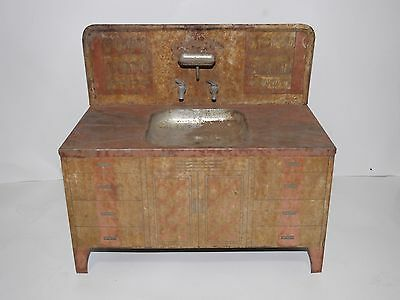 Vintage Primitive Rusty Wolverine Toy Tin Metal Kitchen Sink With Cabinet
