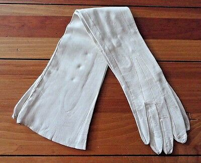 "A Pair Vintage 19"" Long 3 pearl snap White Leather Opera Gloves"