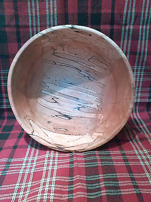Hand Turned Wooden Bowl, Spalted Beech. made in USA , signed by artist
