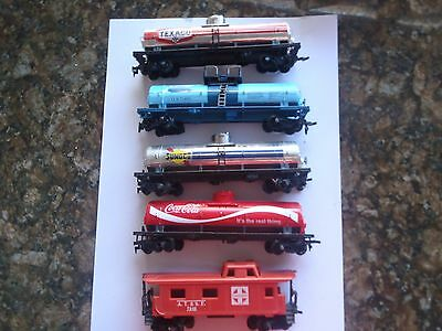 Model Trains Ho 4 Ass., Tankers 1 Cabooose
