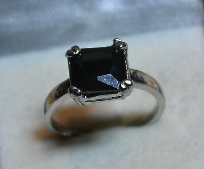Vintage Sterling Silver Ring size 9, genuine Black Onyx gemstone