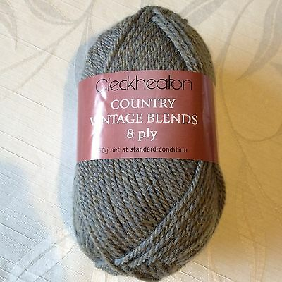 6 Balls Cleckheaton Country Vintage Blends 100% Wool Colour Eucalyptus 2316 New