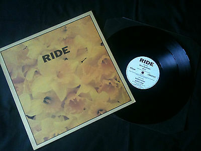 "Ride - Play  12""  UK 1990  EX-/EX    Signed x4  # Indie"