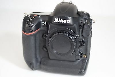 Nikon D4 16.2 MP CMOS FX Digital SLR, EXCELLENT CONDITION, 200K SHOTS