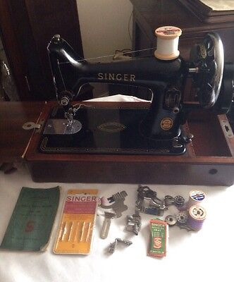 Vintage Singer Sewing Machine 99k With Suitcase,Accessories & Instructions 1960