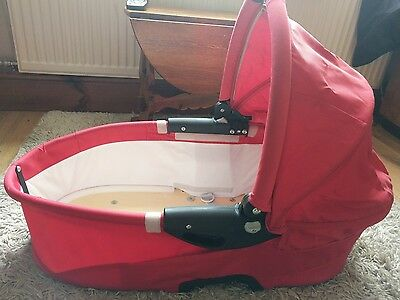 GENUINE Quinny Buzz dreami Carrycot red IMMACULATE ❤ can deliver locally