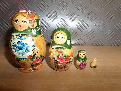 Matryoshka Russian Nesting Dolls 4 PIECES - LOT 3V