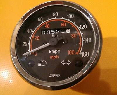 Royal Enfield Bullet speedometer mph & kph. 522 miles, superb condition.