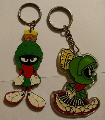 LOT*Vintage*2-MARVIN THE MARTIAN Keychain*RUNNING+ANGRY PVC*KEY CHAIN*WB*93 & 95