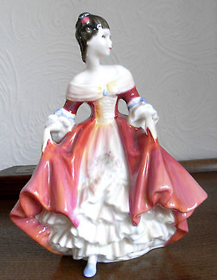 Royal Doulton retired figure / figurine SOUTHERN BELLE WITH BOX HN 2229