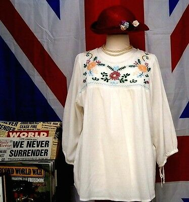 Vintage style  Boho / Peasant / Hawaiian style embroidered top size 16