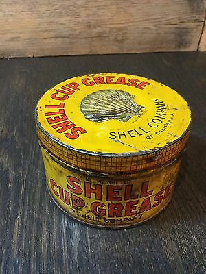 Shell Cup Grease 1lb Can Embossed Clam Very Early Rare Vintage Oil Can