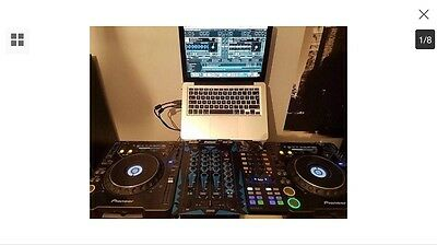 Decks 2x Pioneer CDJ1000MK3 + Traktor + Travel Case+Speakers+mixer and cables