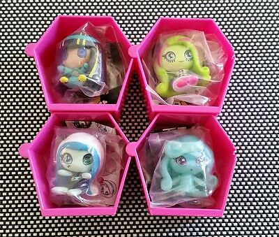Monster High Minis x 4. Collectables. Series 1. Mixed.