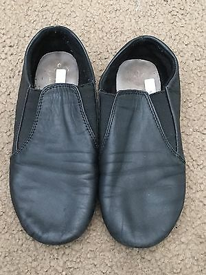 Excellent condition Dance class size 2 black jazz shoes
